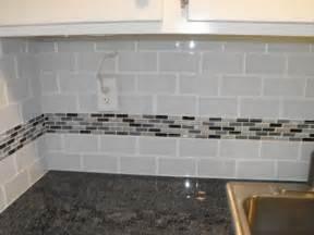 grey subway tile backsplash 22 light grey subway white grout with decorative line