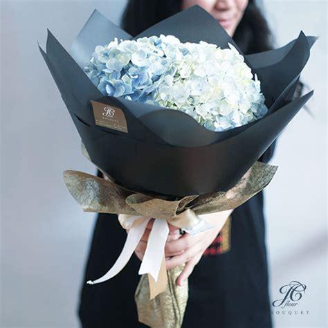 Box Flower Hadiah Gift Bunga Fresh Bunga Wisuda jual buket bunga hydrangea asli buket bunga wisuda
