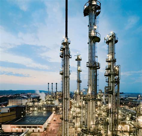 In Industry by Industry Bilfinger Se