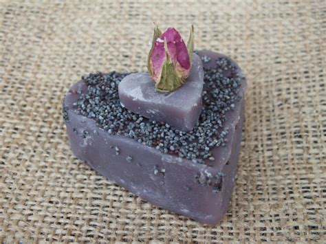Why Handmade Soap Is Better - why soaps are naturally better for your skin