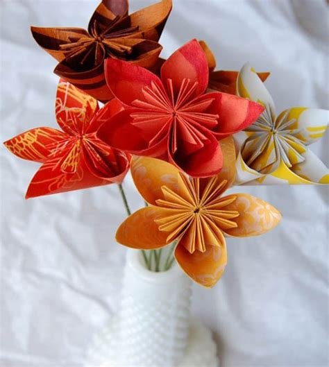 Origami Flower Wedding - 26 stunning wedding decoration ideas for your big day