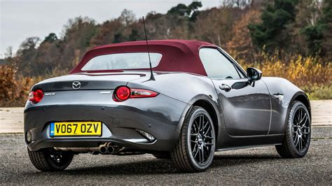 mazda z this mazda mx 5 z sport comes with a cherry roof but
