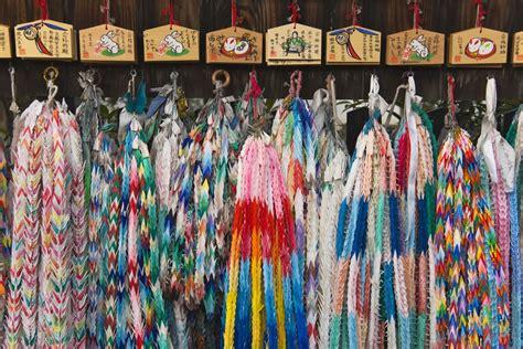 1000 Paper Cranes - 1 000 paper cranes what does a senbazuru
