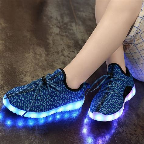 yeezy light up shoes yeezy light up shoes 28 images 2016 yeezy light up