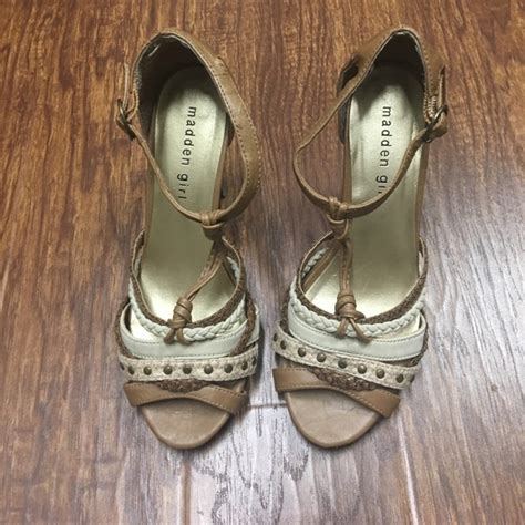 Steve Madden 6 5 Heels by 56 Steve Madden Shoes Madden Irving T Heels Multi 6 5 From Bogo 1 2 S