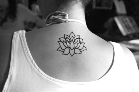 lotus flower back tattoo designs small outline lotus flower on back neck