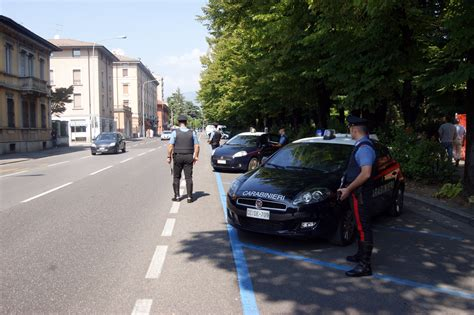 Banca Valle Camonica by Tem 249 Arrestati I Rapinatori Alla Banca Di Vallecamonica