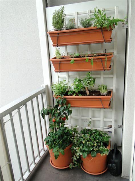 Balcony Vegetable Garden Building A Balcony Garden My Diy Home