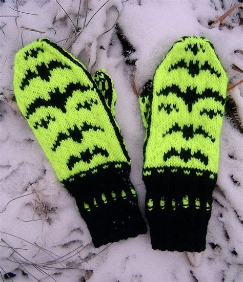 english knitting pattern for mittens 1410 best free knitting patterns images on pinterest