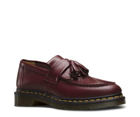 Dr Martens Madein Uk Hitam Kancing adrian smooth s shoes official dr martens store uk