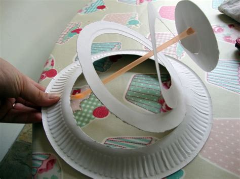 How To Make A Paper Easter Bonnet - 25 best ideas about paper plate hats on cheap