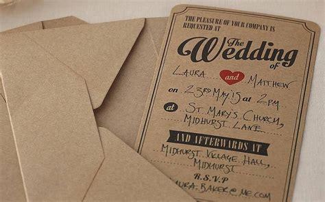 membuat undangan nikah sendiri biaya nikah hemat dengan hiasan kreasi sendiri cermati