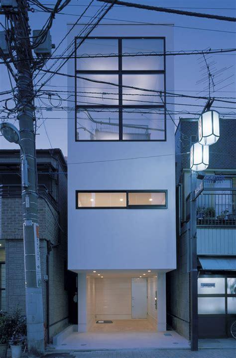 Sake Drenched Postcards   Kyosho Jutaku: Living Large in