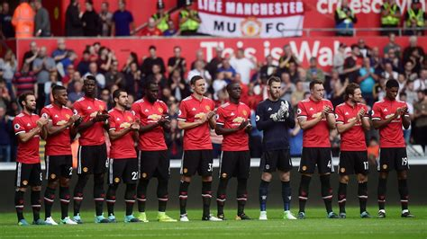 libro manchester united official 2018 7 truths manchester united finally look like a mourinho team arsenal resemble a wenger one