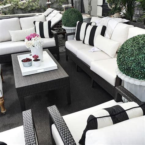working  black outdoor furniture kovi