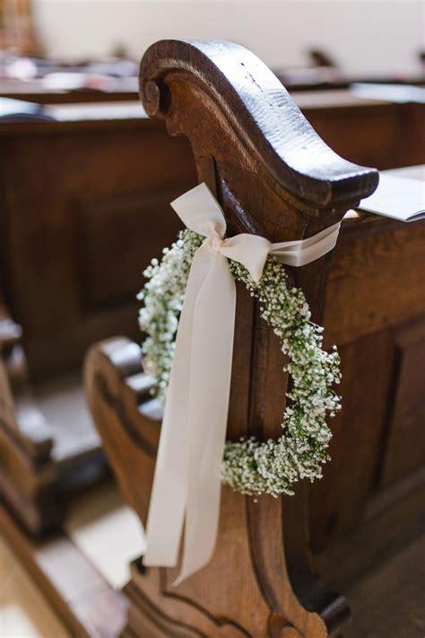 Kirchendeko Hochzeit Kaufen by M 252 Nchener Hochzeit In Der St Georgs Kirche Jung Und