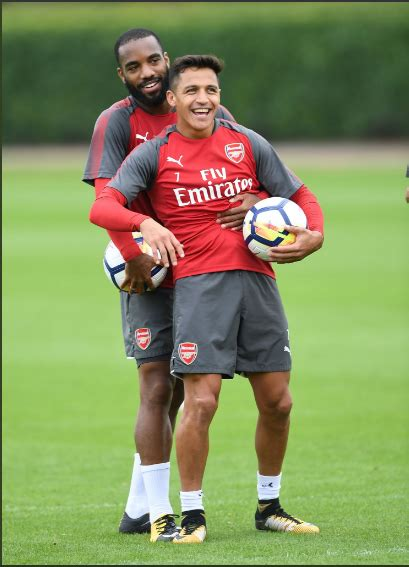alexis sanchez lacazette alexis and lacazette in training today gunners