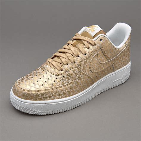 Sepatu Sneakers Lv Br133 1 sepatu sneakers nike sportswear air 1 07 lv8
