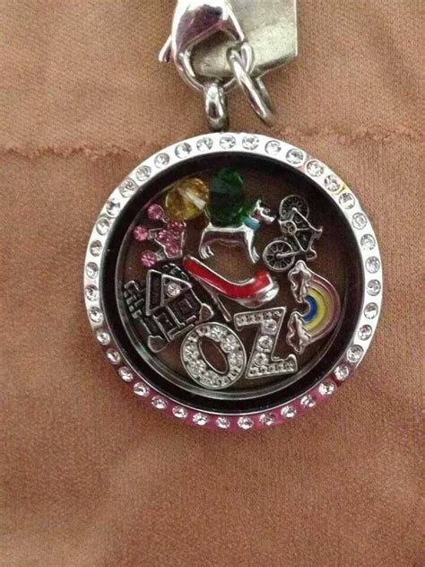 How Many Charms Fit In Origami Owl Locket - 25 best origami owl ring images on origami owl
