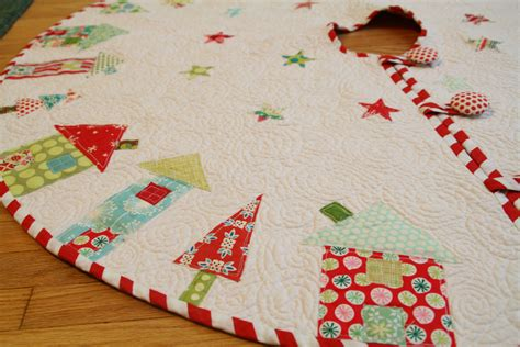 Tgiff The One Where I Actually Finish The Tree Skirt Tree Sewing Template