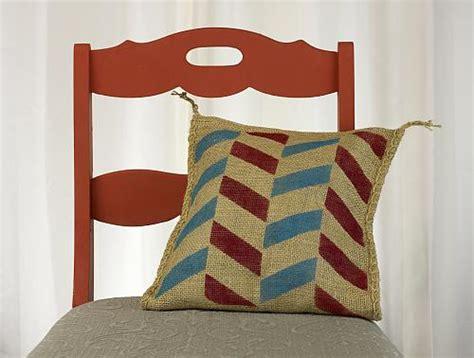 modern zig zag stenciled pillow project by decoart