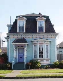 Mansard Roof Best 25 Mansard Roof Ideas On Traditional