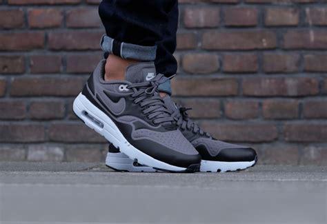 Nike Airmax Lunar Brown Size 37 40 nike air max 1 ultra se grey black 845038 001