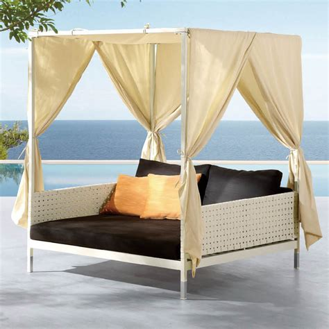 Outdoor Canopy Beds manufacturer outdoor pool bed outdoor pool bed wholesale