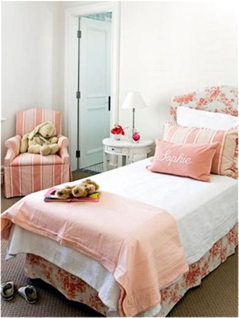 cute simple bedroom ideas rizkimezo 30 traditional young girls bedroom ideas