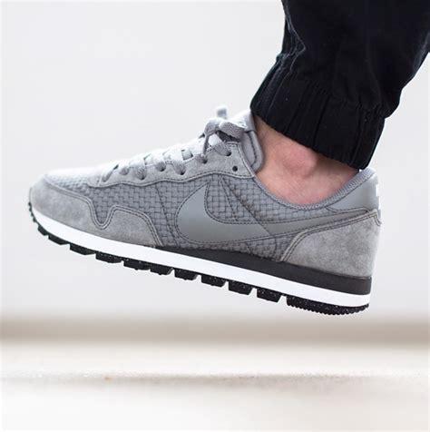 Nike Millenium Nike Pegasus Azr nike air pegasus woven sneakers
