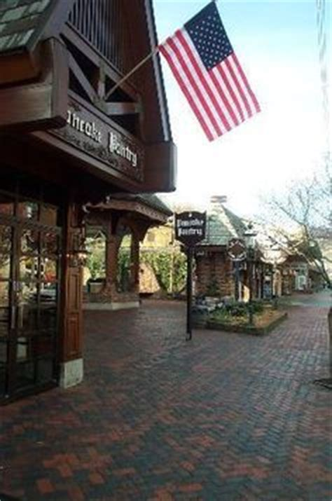 Pancake Pantry Gatlinburg Hours by Pigeon Forge Tennessee On Pigeon Forge Pigeon