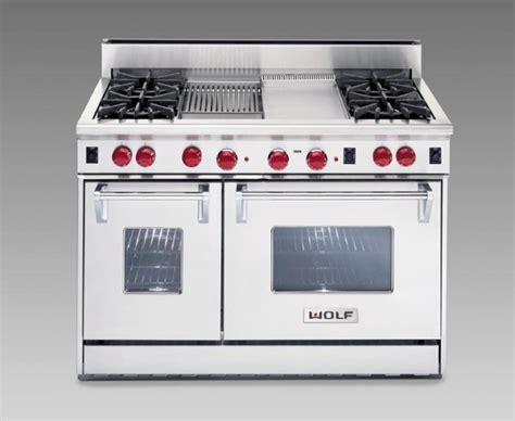 stoves wolf stoves best 25 wolf stove ideas on pinterest wolf kitchen wolf oven and wolf range