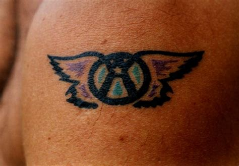 tattoo on your shoulder song mp3 aerosmith tattoos pics of aerosmith related tattoos