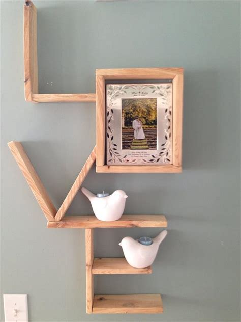 Shelf Diy by Reclaimed Pallet Shelving Scheme