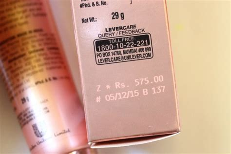 lakme 9 to 5 weightless mousse foundation review lakme 9 to 5 weightless mousse foundation review