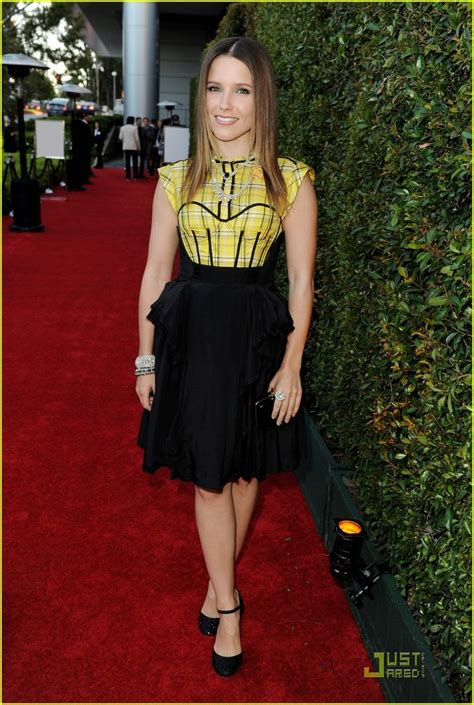 styling womens bushes 344 best women sophia bush images on pinterest beautiful