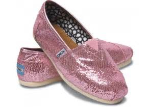 toms glitter shoes pink toms shoes pink glitter pink wedges and classic