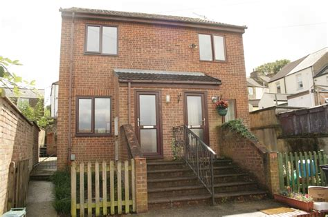 2 bedroom house to rent in dover martin co dover 2 bedroom semi detached house to rent in