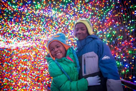Zoolights Oregon Zoo Portland Zoo Lights Hours