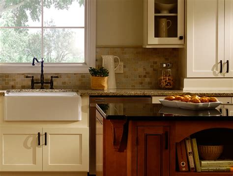 houzz kitchen cabinets white kitchen cabinets maple kitchen cabinets rockford