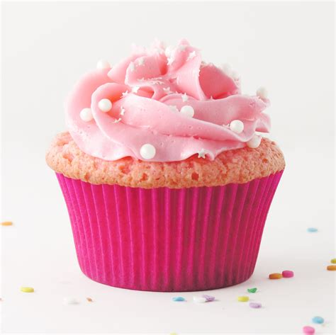 a picture of cupcakes pink chagne and raspberry cupcakes easybaked