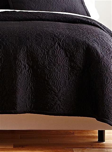 black quilts and coverlets 80 royal velvet 174 black medallion coverlet set jcpenney