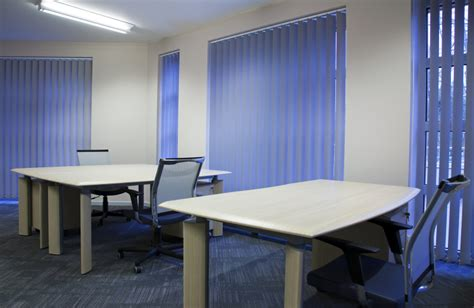 tende per uffici tende da ufficio verticali a pannello e a pacchetto