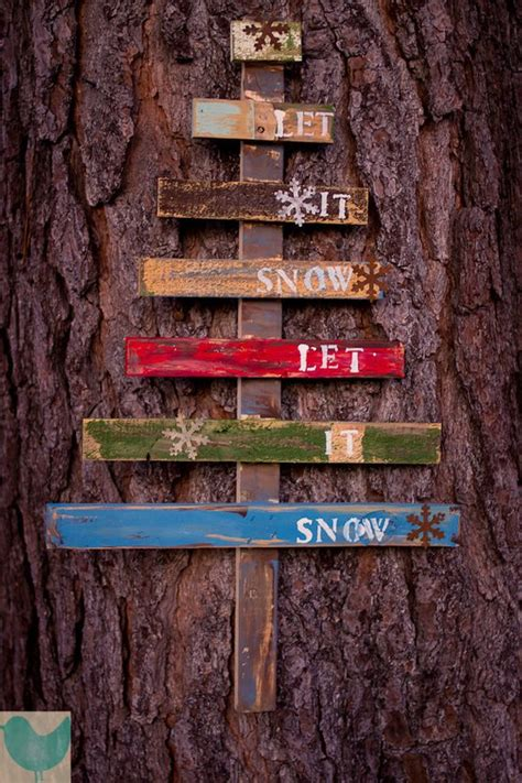 pallet christmas tree dimensions let it snow rustic tree pallet