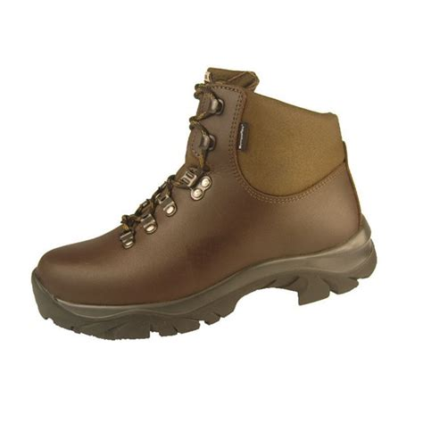 wide fitting walking boots for altberg womens fremington walking boots wide fitting 163 109 00