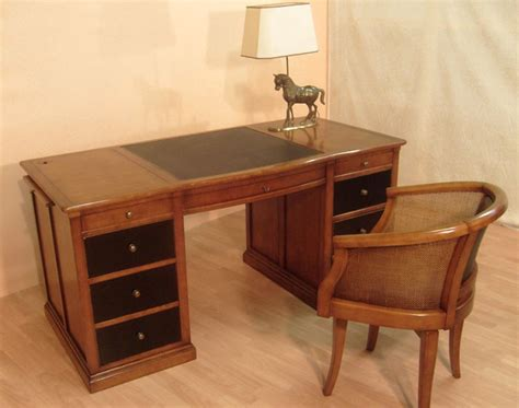 bureau ch麩e massif bureau ministre en merisier bora meubles bois massif