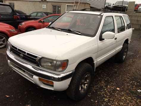 cheap used cars 3000 cheap nissan pathfinder 3 000 274 used cars from 239