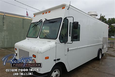 Sell In Deck by 2007 Ford Gasoline 18ft Pizza Food Truck 88 000