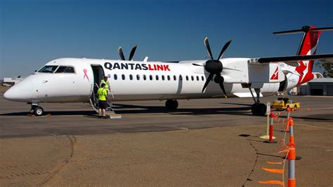 dash 8 400 seating the best seats on qantaslink s bombardier de havilland