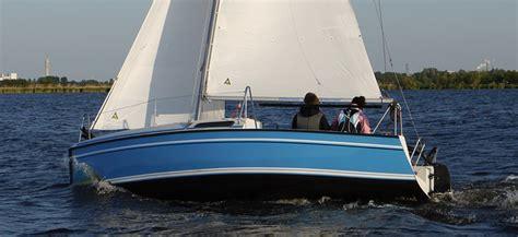 kajuit zeilboot manta 19 fox 22 kajuit zeilboot uitgeest botentehuur nl
